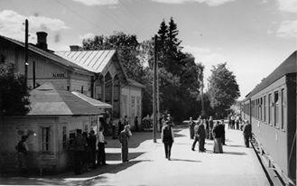 Alavuden juna-asema Seinäjoen suuntaan (Albin Aaltonen)
